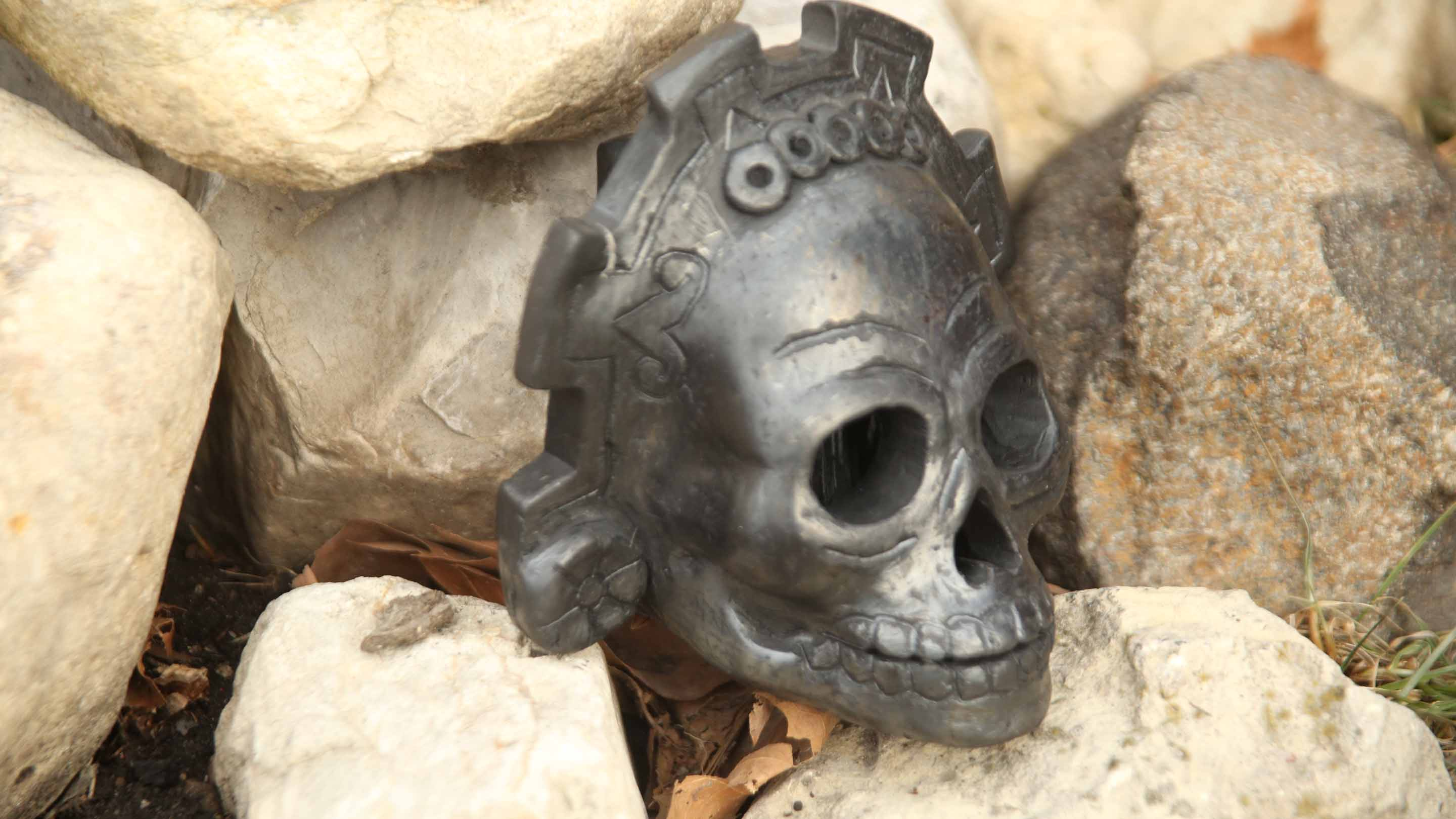 New Aztec Death Whistle 2019 scary frightening sounds gut wrenching  hurdeling scream!